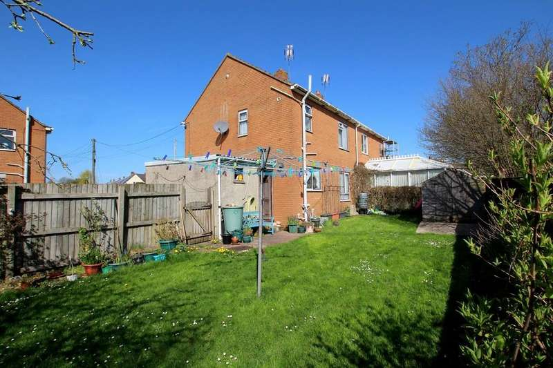 3 Bedrooms Semi Detached House for sale in Three bedroom house and building plot in central village location