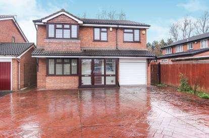 5 Bedrooms Detached House for sale in Walling Croft, Bilston, Wolverhampton, West Midlands