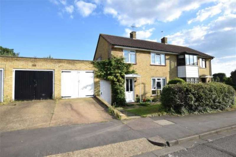 3 Bedrooms Semi Detached House for sale in Lilly Hill Road, Bracknell