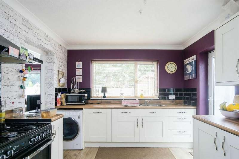 3 Bedrooms Detached House for sale in Beaconsfield, WITHERNSEA, East Riding of Yorkshire