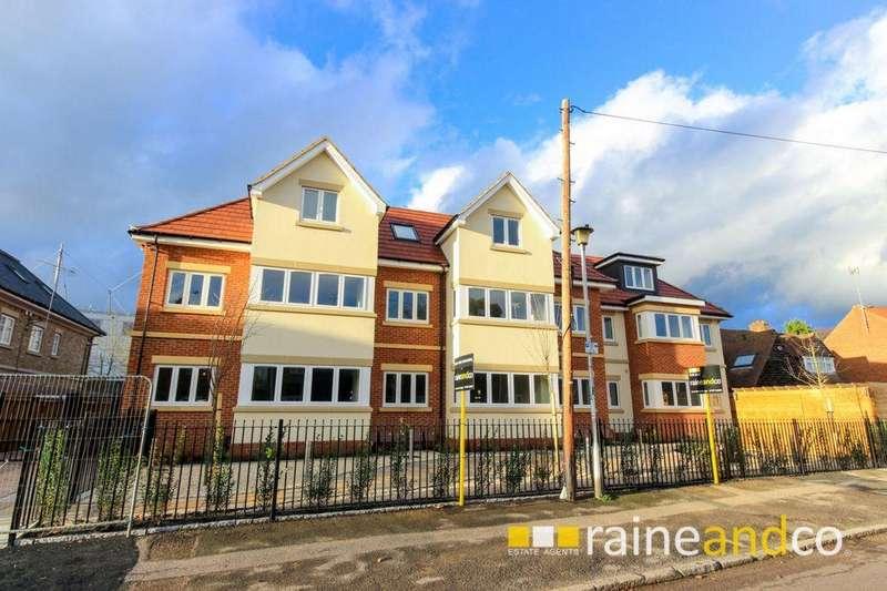 2 Bedrooms Apartment Flat for sale in Roe Green Lane, Hatfield, AL10