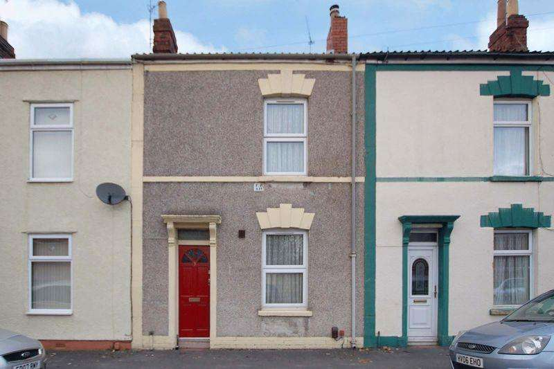 2 Bedrooms Terraced House for sale in Stuart Street, Bristol, BS5 9QG