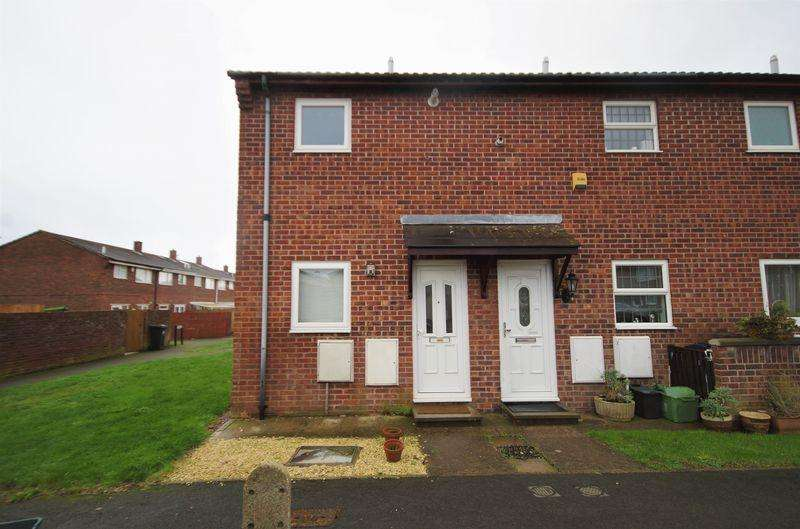 1 Bedroom End Of Terrace House for sale in Bay Tree Close, Patchway, Bristol