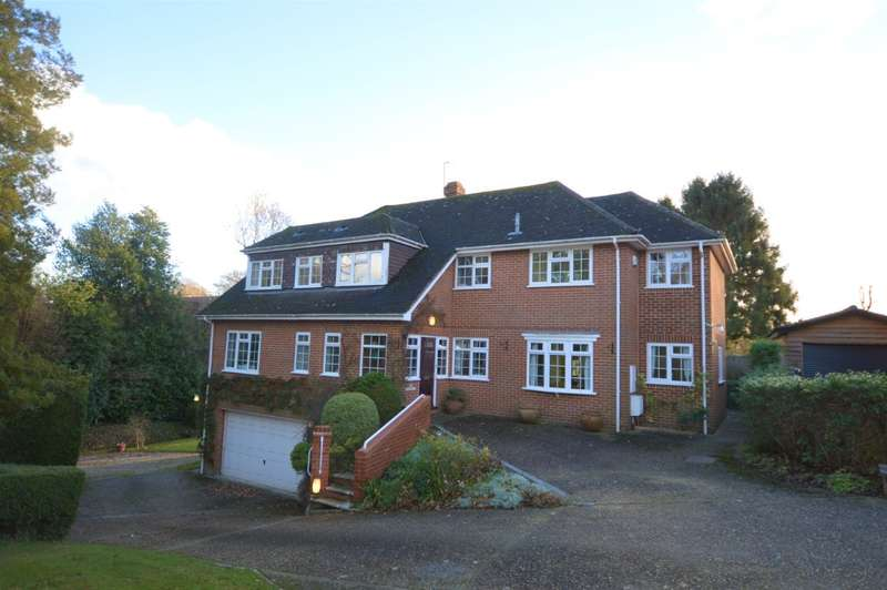 4 Bedrooms Detached House for sale in Mortimer Common, Reading, RG7