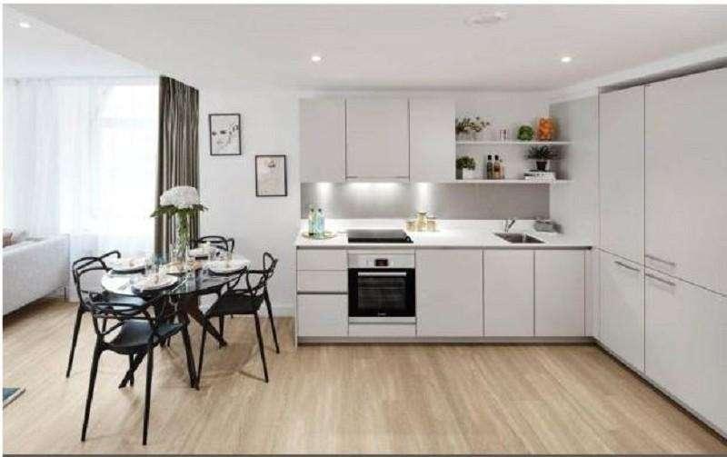 1 Bedroom Flat for sale in High Road Leytonstone , Leytonstone, London. E11