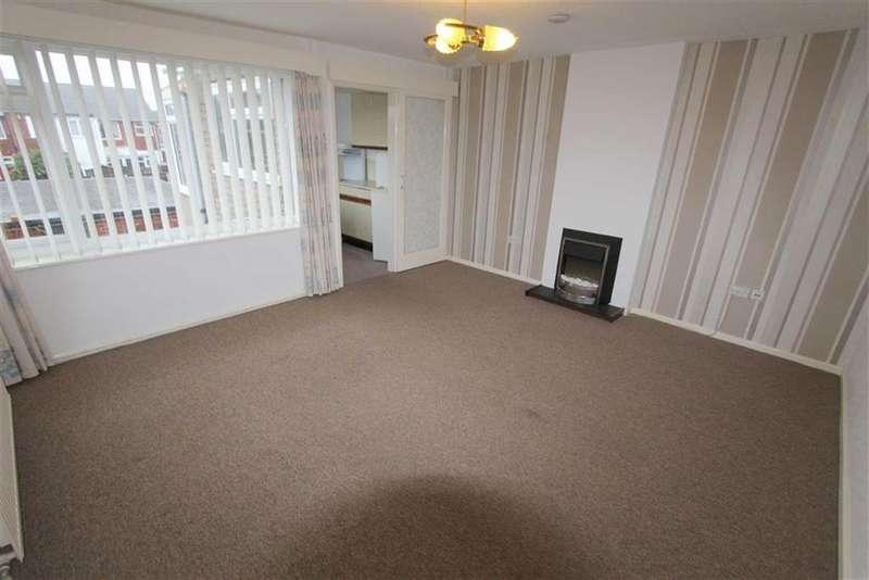 2 Bedrooms Apartment Flat for rent in Fairview Avenue, Lytham St Annes, Lancashire
