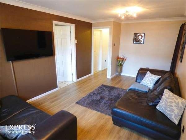 2 Bedrooms Flat for sale in School Lane, Sprowston, Norwich, Norfolk
