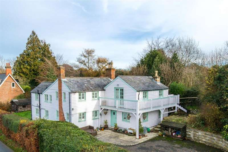 4 Bedrooms Detached House for sale in Stunning views from Dallington cottage