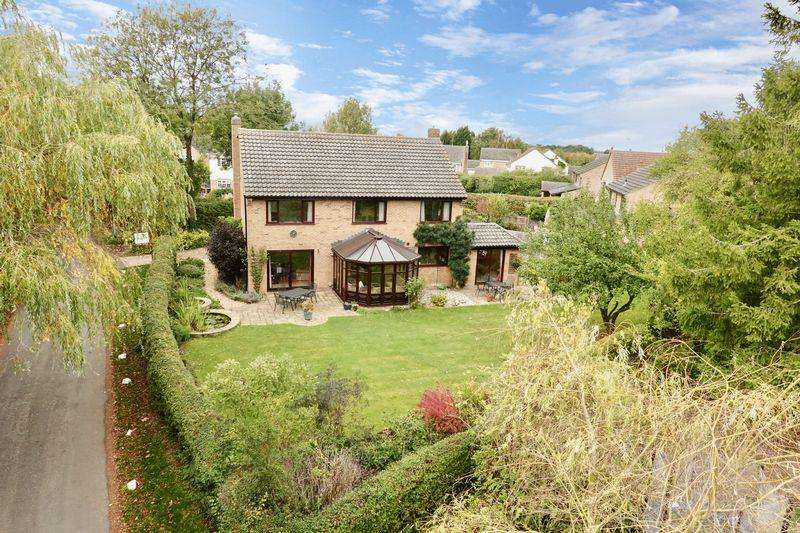 4 Bedrooms Detached House for sale in Church Road, Grafham