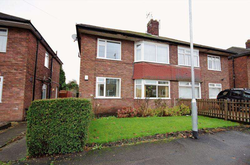 2 Bedrooms Apartment Flat for sale in Rodway Road, Patchway, Bristol