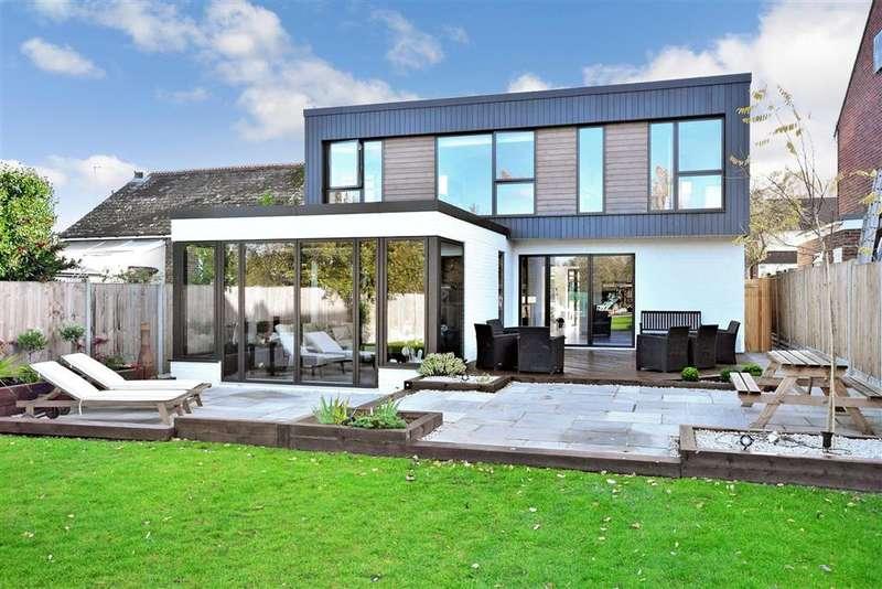 5 Bedrooms Detached House for sale in Berengrave Lane, , Rainham, Gillingham, Kent