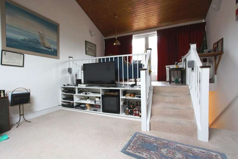 2 Bedrooms Terraced House for sale in Camden Mews, Camden Square, Camden Town, NW1