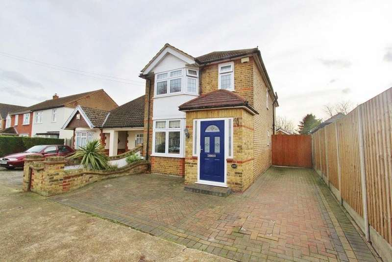 4 Bedrooms Detached House for sale in Essex Road