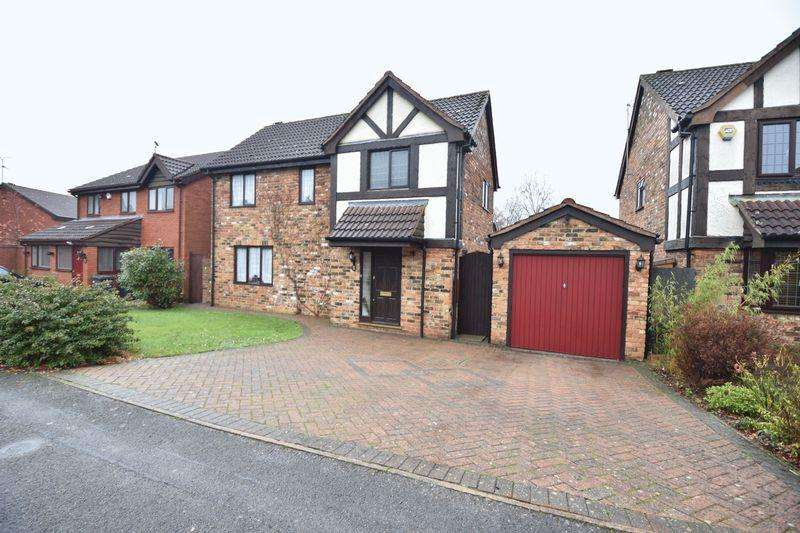 3 Bedrooms Detached House for sale in Copthorne, Luton