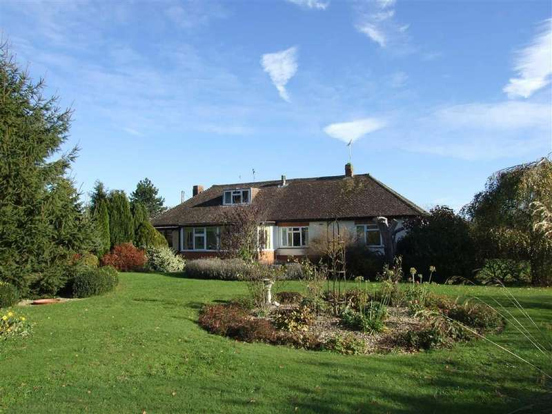 3 Bedrooms Detached Bungalow for sale in Bromham