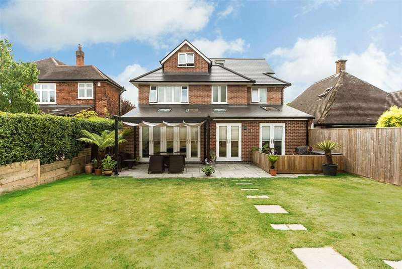 5 Bedrooms Detached House for sale in Musters Road, West Bridgford, Nottingham