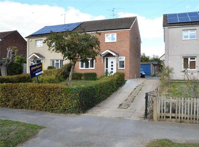 3 Bedrooms Semi Detached House for sale in Usk Road, Tilehurst, Reading, Berkshire, RG30