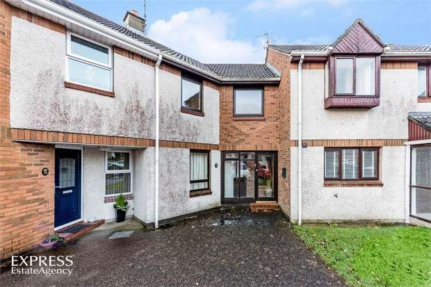 3 Bedrooms Town House for sale in Waveney Park, Londonderry