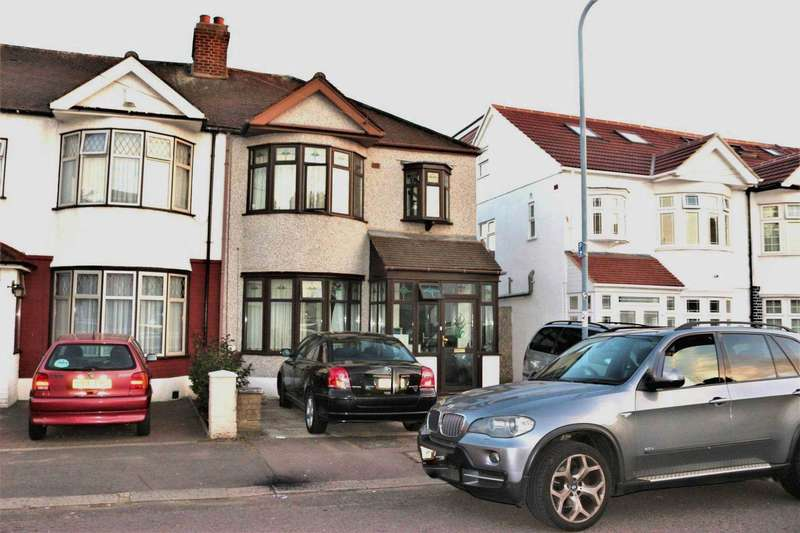 4 Bedrooms House for sale in Ilford, IG1 2PQ
