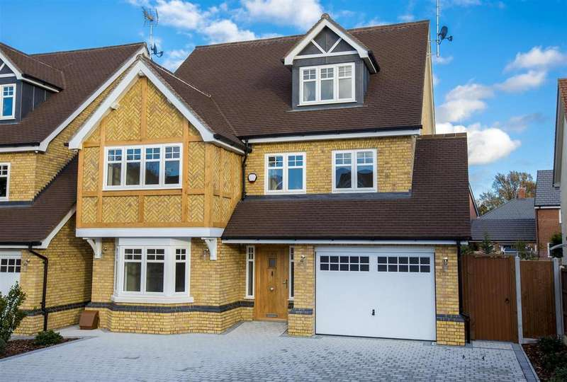 5 Bedrooms Detached House for sale in 4 Church Mews, Church Road, Hockley