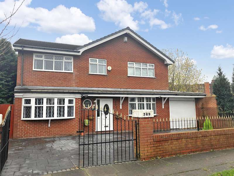 5 Bedrooms Detached House for sale in Crescent Road, Great Lever, Bolton, BL3 2LT