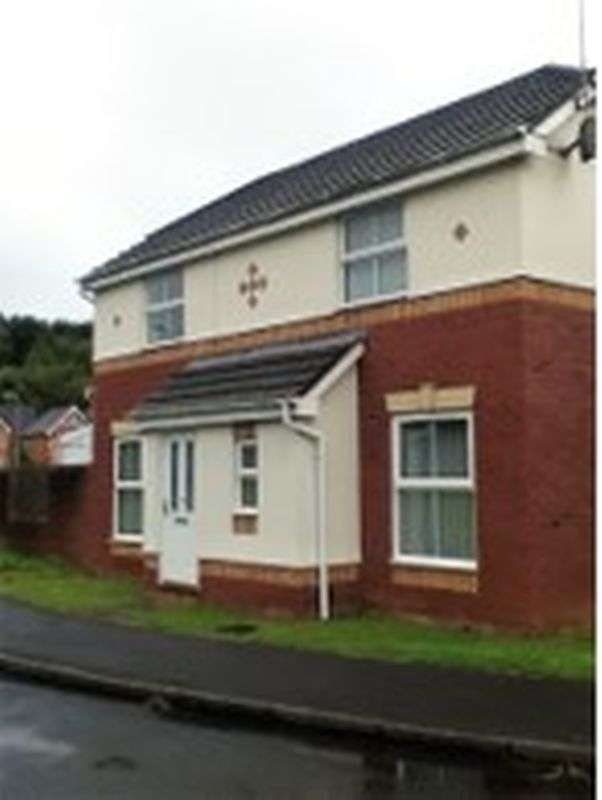 2 Bedrooms Property for sale in Cedar Wood Close, Newport