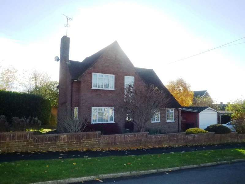 4 Bedrooms Detached House for sale in WOLVERSDENE ROAD, ANDOVER SP10