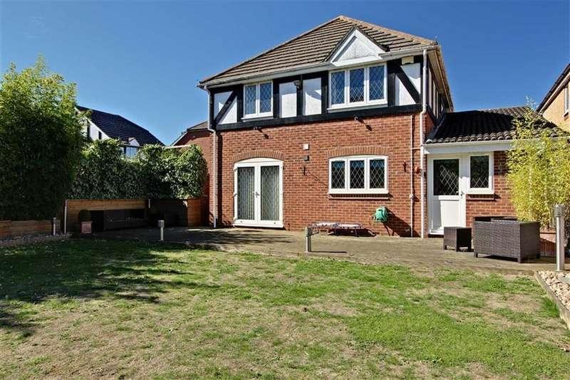 4 Bedrooms Detached House for sale in Aylesbury, Bucks