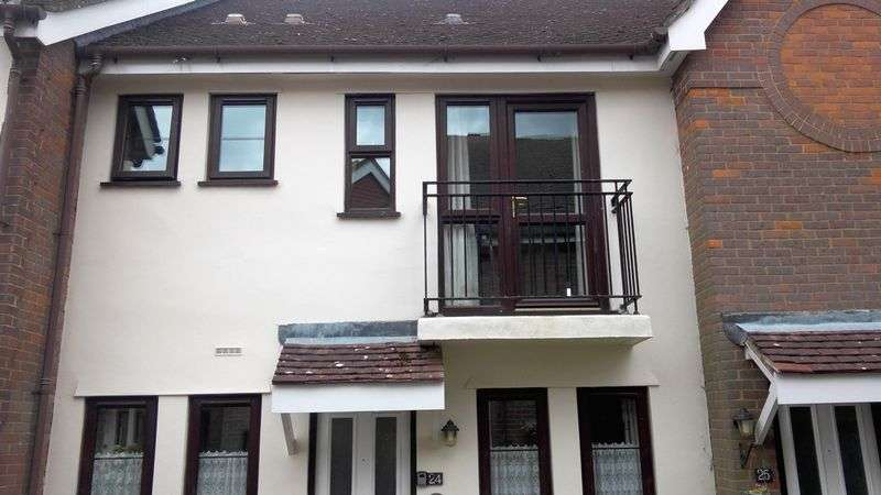 2 Bedrooms Property for sale in Giles Gate, Great Missenden, HP16 0PH