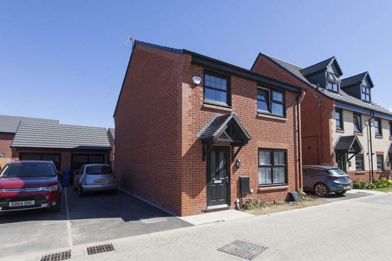 4 Bedrooms Detached House for sale in Hawthorn Avenue, Stockport, Greater Manchester, SK7