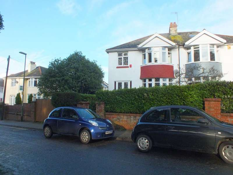 4 Bedrooms Semi Detached House for sale in Bronshill Road, Torquay