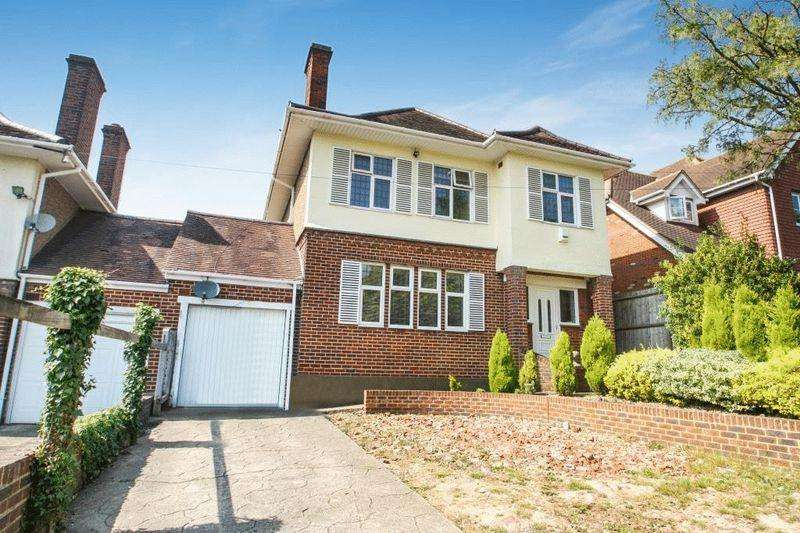 4 Bedrooms Detached House for sale in Hamilton Road, High Wycombe