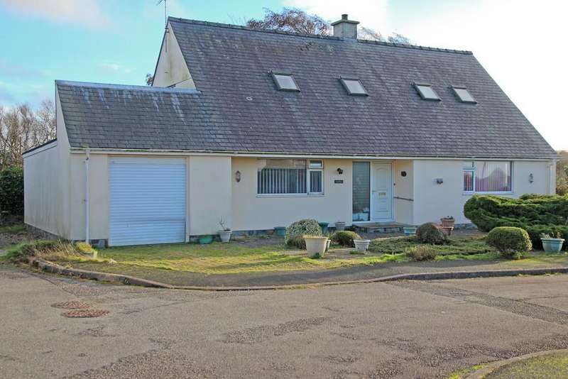 4 Bedrooms Detached Bungalow for sale in Wenallt Estate, Tudweiliog, North Wales