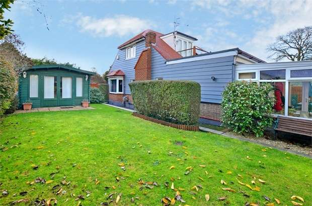 4 Bedrooms Detached House for sale in Woodbury Avenue, Bournemouth, Dorset
