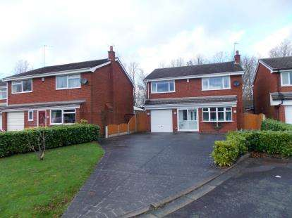 4 Bedrooms Detached House for sale in Anderson Close, Padgate, Warrington, Cheshire