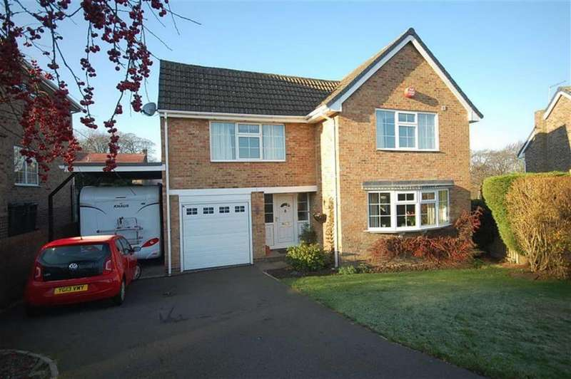 4 Bedrooms Detached House for sale in Cheviot Way, Mirfield, WF14