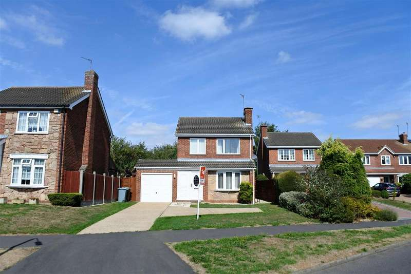 3 Bedrooms Detached House for sale in Winchester Road, Grantham