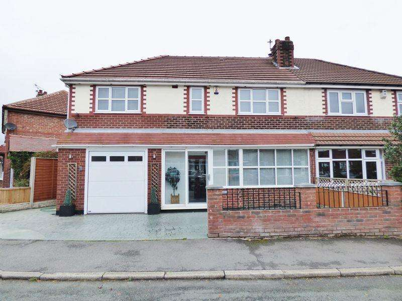 4 Bedrooms Semi Detached House for sale in Brook Drive, Warrington