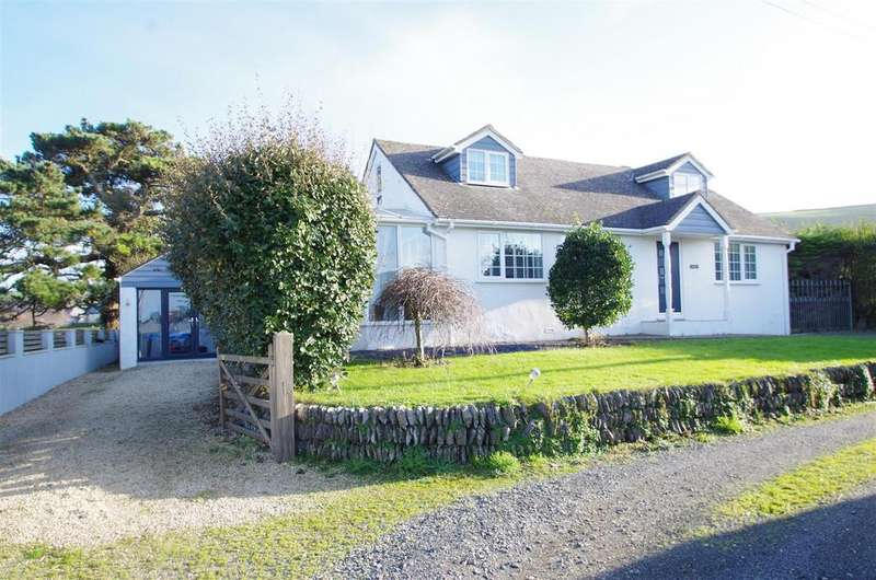 4 Bedrooms Detached House for sale in St. Helens Close, Croyde, Braunton