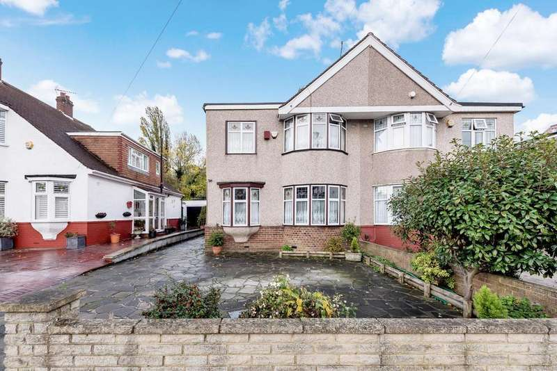 4 Bedrooms Semi Detached House for sale in Mayday Gardens, Blackheath