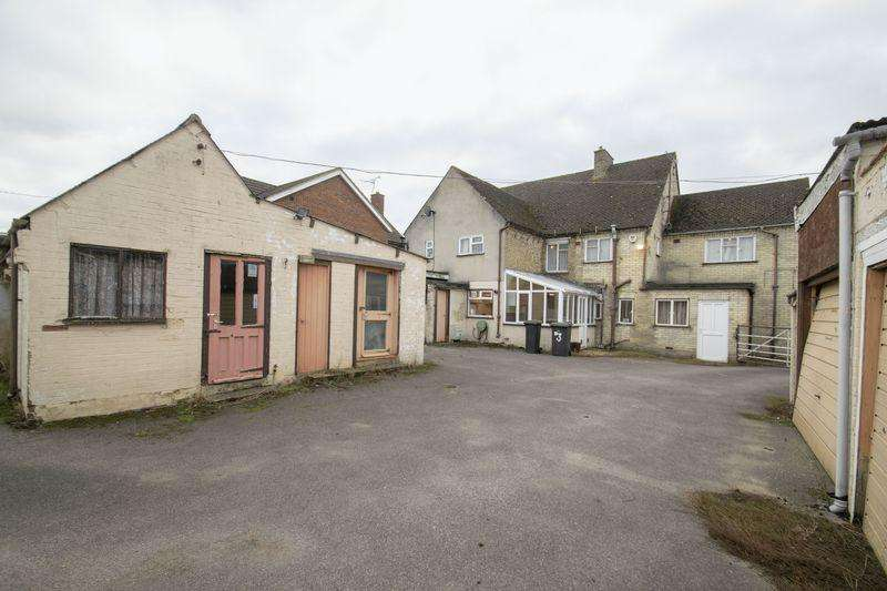 4 Bedrooms Land Commercial for sale in Chapel Road, Flitwick