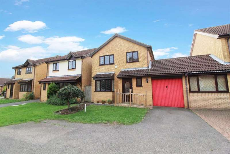 3 Bedrooms Link Detached House for sale in Mitford Close, Bedford MK41