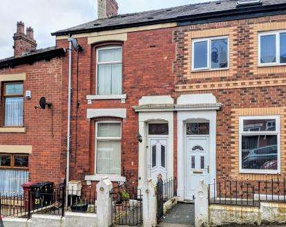 3 Bedrooms Terraced House for sale in Saunders Road, Blackburn, Lancashire