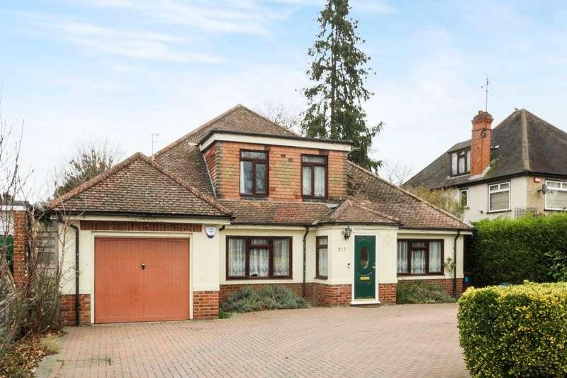5 Bedrooms Detached House for sale in Wokingham Road, Earley