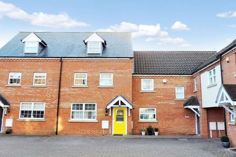 3 Bedrooms Town House for sale in Eagle Way, Harrold