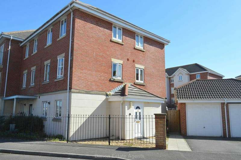 4 Bedrooms End Of Terrace House for sale in Vanguard Road, Priddys Hard