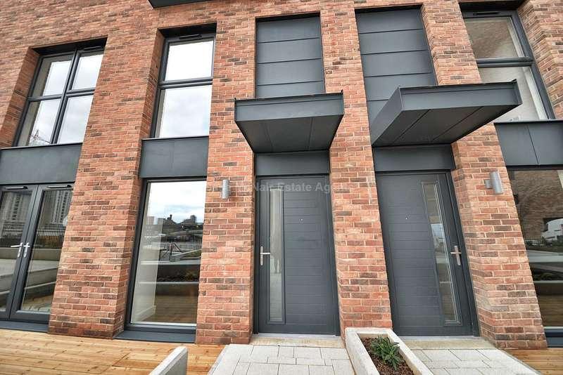 2 Bedrooms Duplex Flat for sale in Wilburn Basin, Ordsall Lane, Salford, M5 4XR