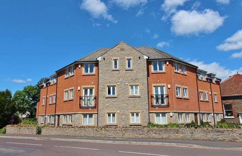 2 Bedrooms Flat for sale in Culvers Road, Keynsham, Bristol