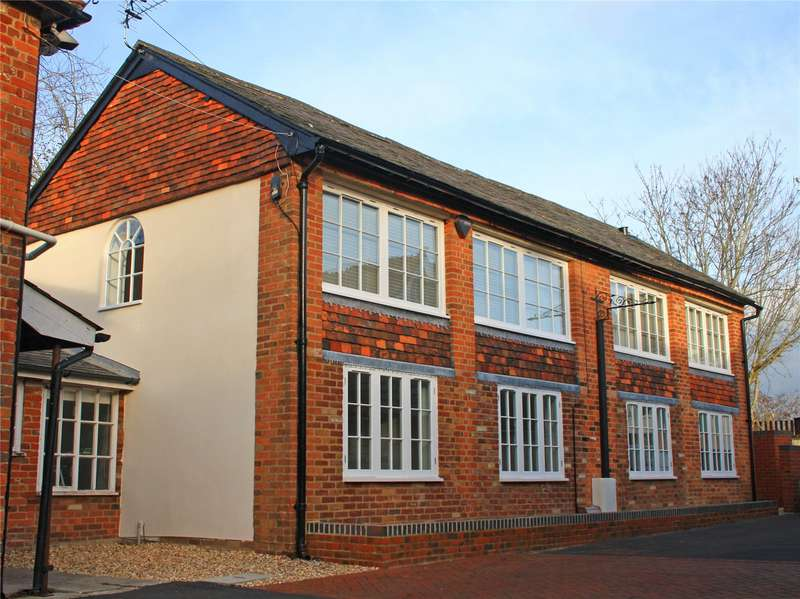 2 Bedrooms Flat for sale in Portersbridge Mews, Portersbridge Street, Romsey, Hampshire, SO51