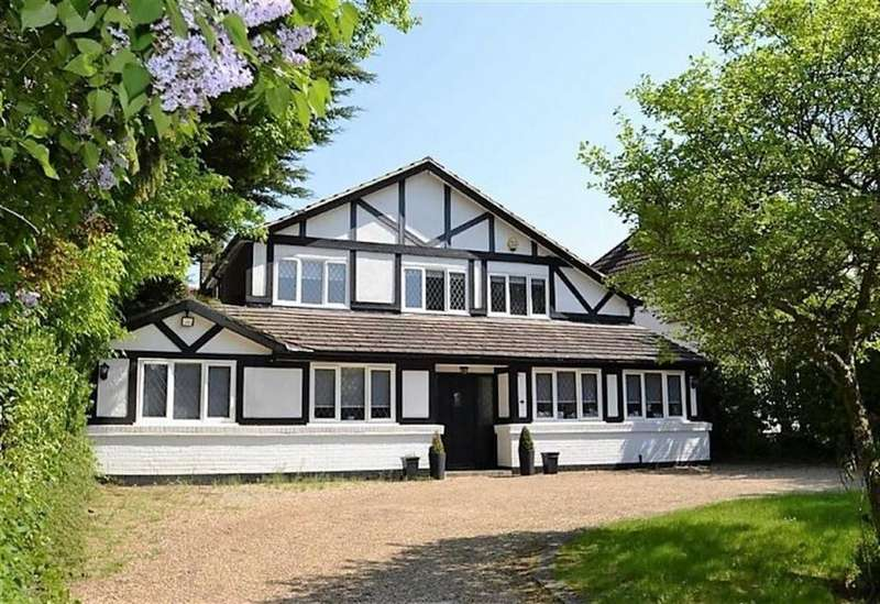 4 Bedrooms Detached House for sale in The Avenue, Radlett, Hertfordshire